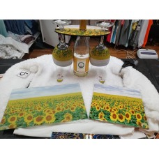 Wine Cady Cutting Board Wineglass  Kewlzies and charms, Hot plate sunflowers